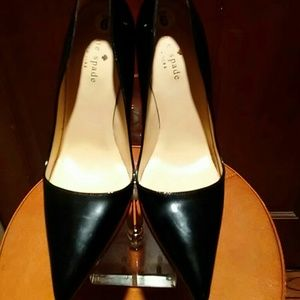 Kate Spade black patent pumps